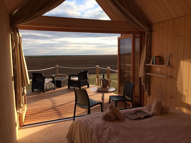 Lushna 12 Lux  at Lee Wick Farm Cottages & Glamping