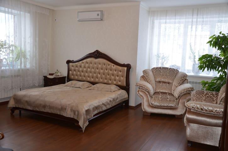 Комната в частном доме - Khanty-Mansiysk - Rumah
