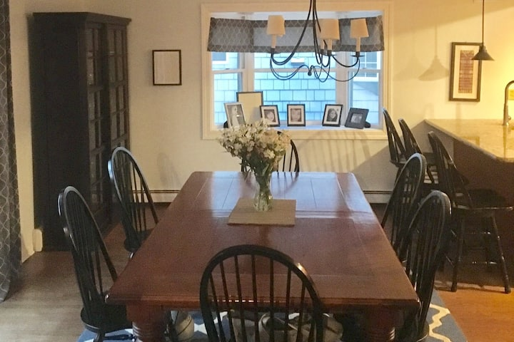 Our Fair Haven-4 BR Home min. to beach & Red Bank