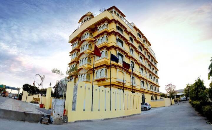 BHOPAL PALACE HOTELS