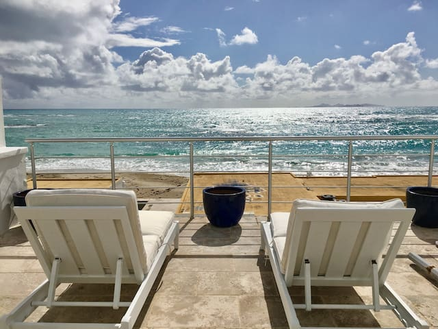 Blue Sky Villa @ Coral Beach Club