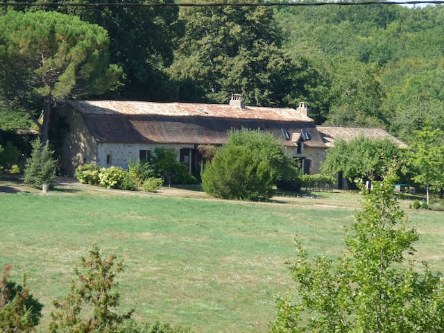 Holiday cottage in nice farmhouse w. swimming pool - Cause-de-Clérans
