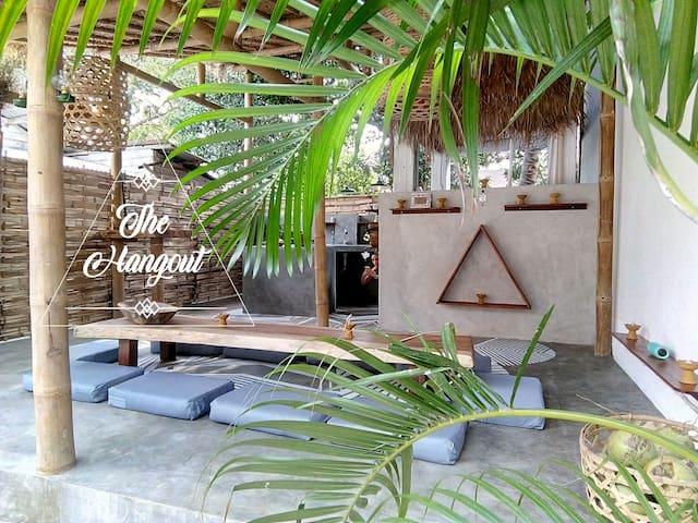 The Hangout - The big terrace