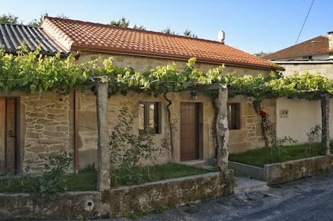 Casa de campo restaurada e tranquila em Rianxo