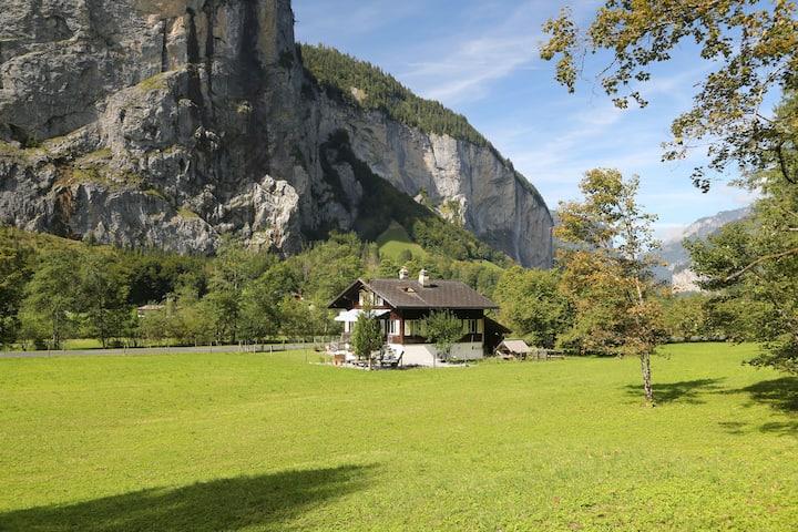 Private Chalet by Trümmelbach Falls