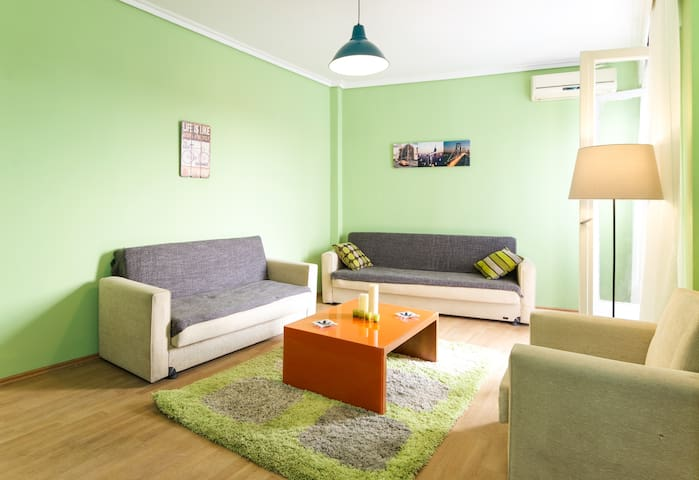 Lovely and  sunny  Downtown appartement - Thessaloniki - Pis