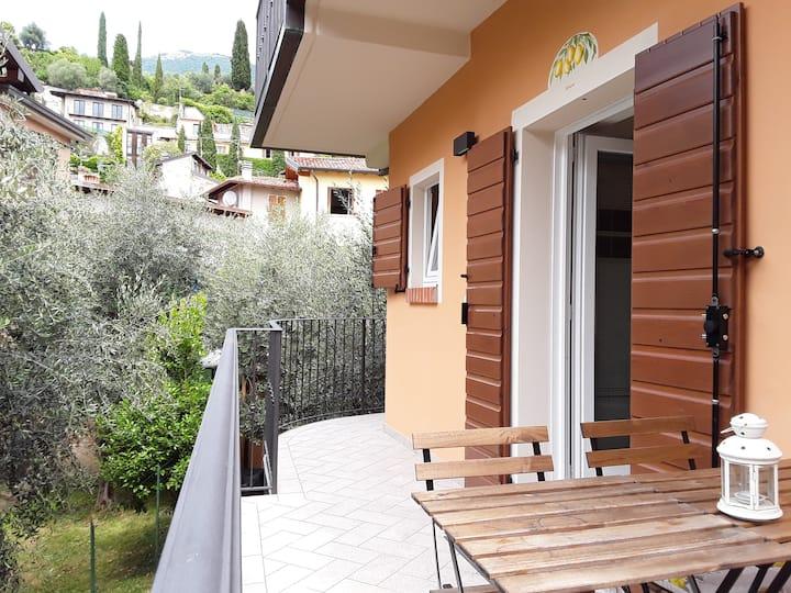 Ca´due Olivi - Apartment mit Terrasse in Altstadt
