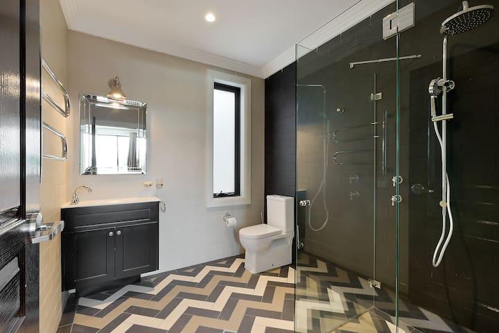 (KAT2BBAT) KATOOMBA LUXURY STUDIO - Katoomba - Apartamento