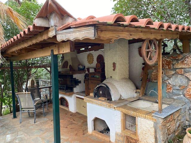 Villa Venetia traditional house