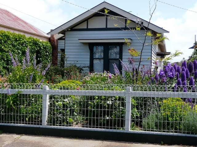 1930 Prater's cottage, Queenscliff