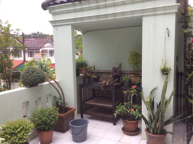 Conscious & Peaceful Rooms - Chiang Mai - Townhouse
