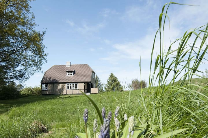 Lønstrup Lyngholt Guest House