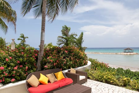 luxurious Ocean View Condo - Montego Bay