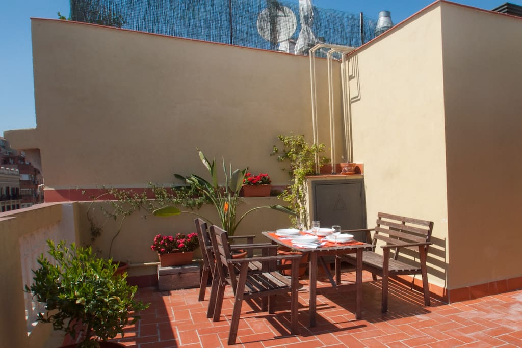 Autentic eixample terrace penthouse appartamenti in for Appartamenti eixample barcellona