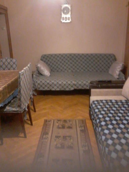 полуторный диван
