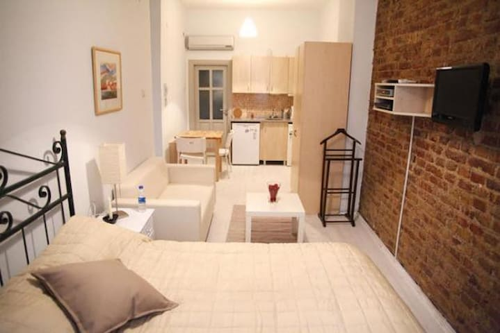 Situated in The Heart of Istanbul.  - Istanbul - Loft