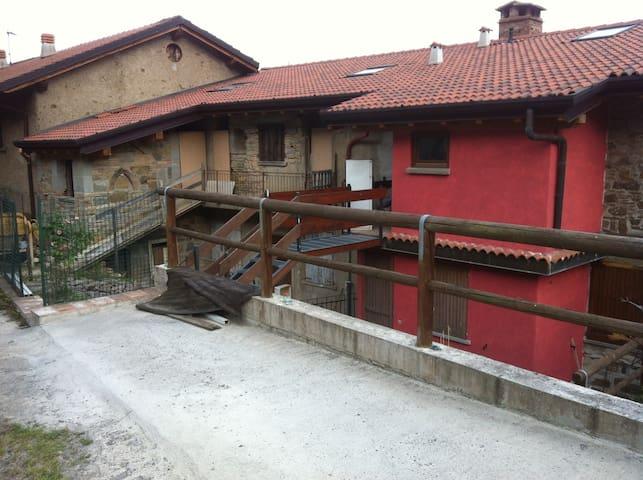mansarda-lago d'iseo-franciacorta - Foresto Sparso - Apartment