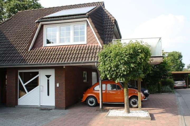 HELLE GERÄUMIGE FERIENWOHNUNG  - Wittmund - Apartment