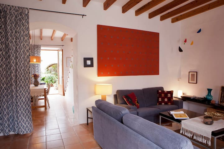 FULLY RESTAURED MALLORCAN VILLAGE HOUSE PATIO - Pina (Algaida)