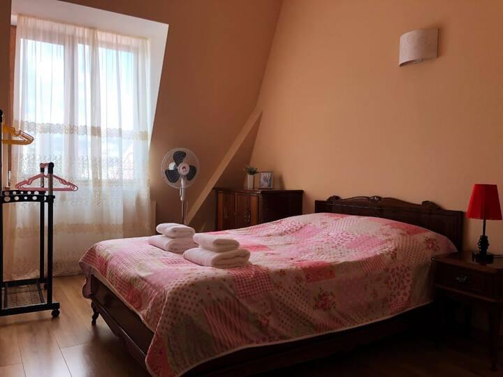 Apartment on Mukhrani st