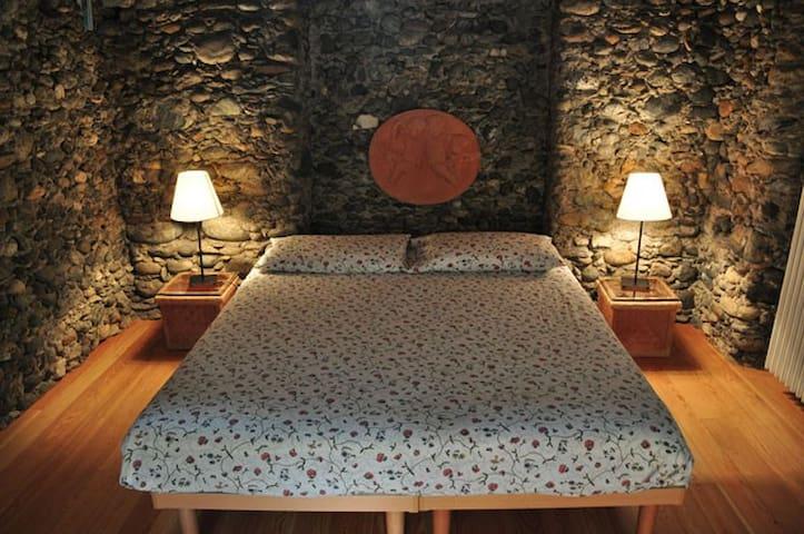 Camera da letto - primo piano - The bedroom