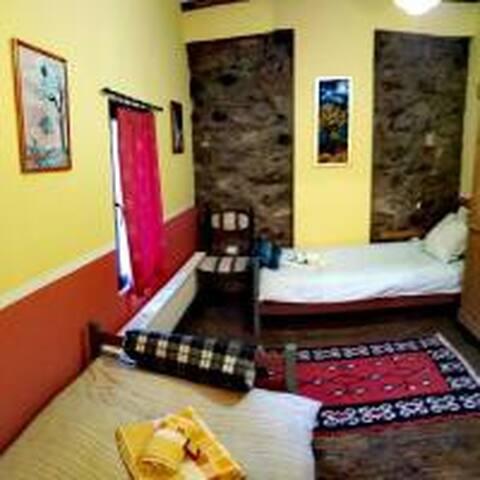 Bedroom 3 (Upper floor)