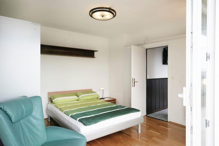 Gemütlche Wohnung mit Ausblick - Francfort - Appartement