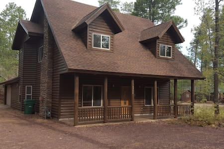 Tall Pines Getaway - Navajo County - Cabin