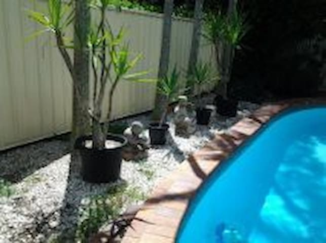 Convenient 2BR Brisbane, Australia. - Upper Mount Gravatt - Apartment