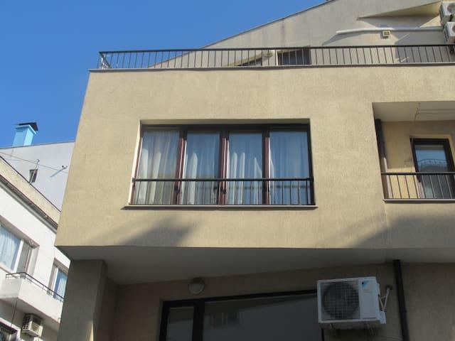 Studio Enjoy - Warna - Apartament