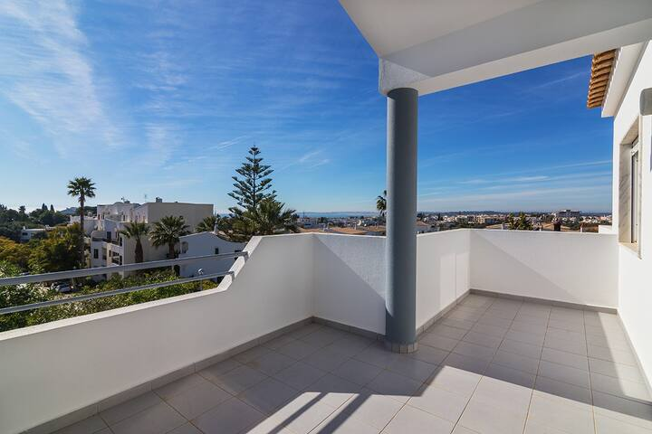 Alvor sea view apartment T2