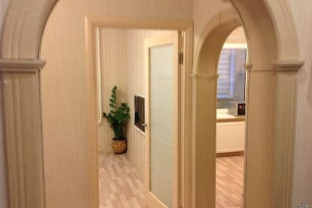 1-к квартира, 30 м², 1/10 эт. - Veliky Novgorod