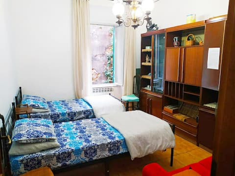 Peaceful place at Principe with Spacious room/bath