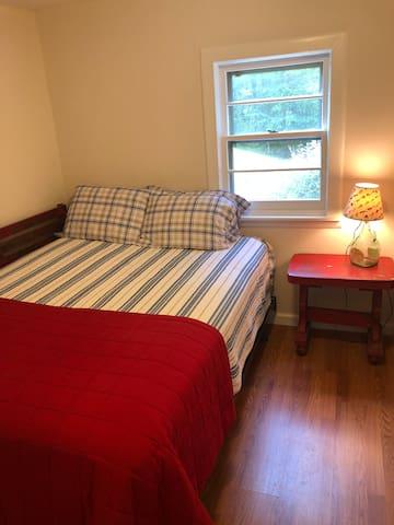 Double bed in bedroom #2