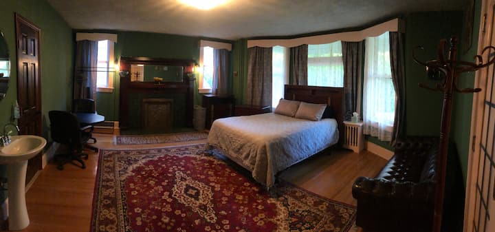 The Parlor Suite in historic Browne's Addition!