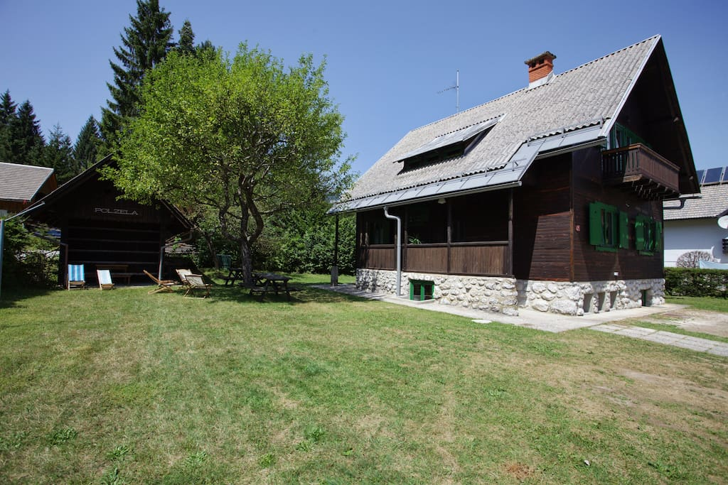 Barbaque place and free parking right in the heart of Triglav National Park.