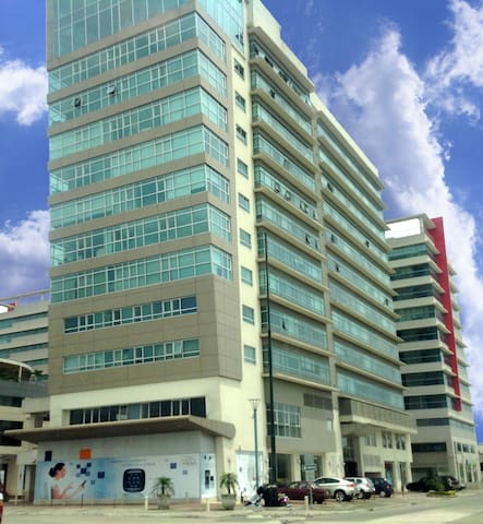 Elite Building - Guayaquil - Apartment