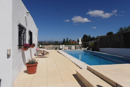 Holiday Villa in Peaceful Setting - Monserrat - Vila