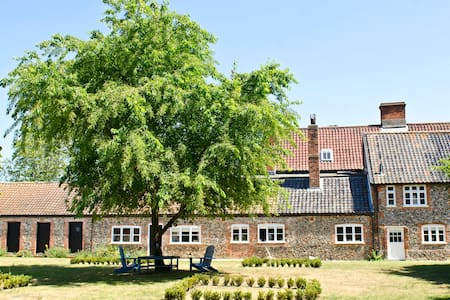 Grange Farm House in Euston - Euston, Thetford