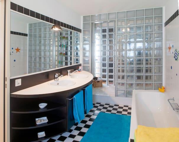 bagno privato annesso.