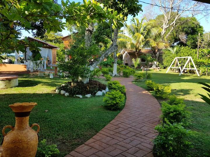 La Villa Guesthouse in Corozal