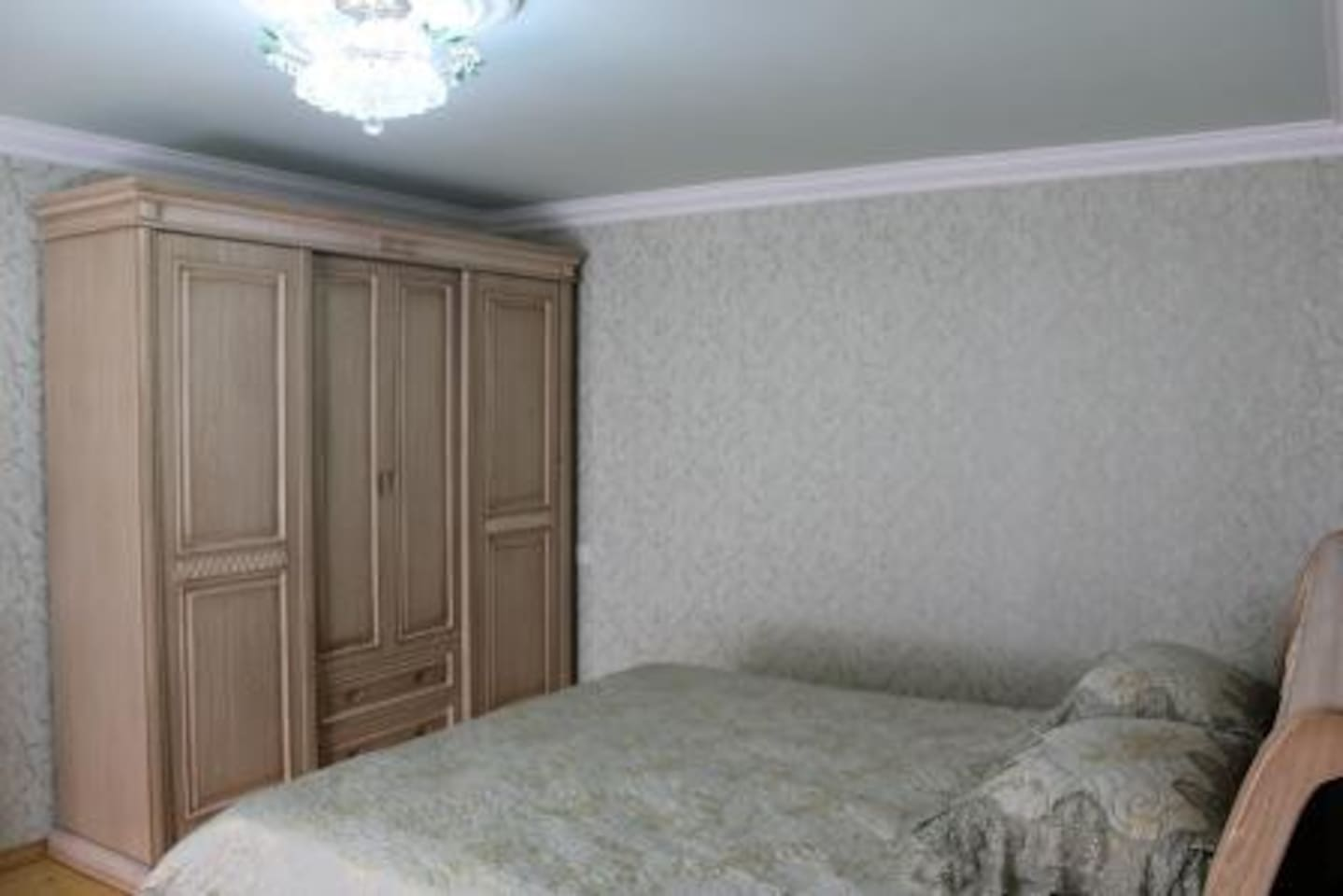Very comfortable, well furnished & new room - 4x5. It is in the first floor, very clean, tide & cool. It has Wi-Fi. The door of this room opens to  sitting room.  It has kitchen &  bathroom.