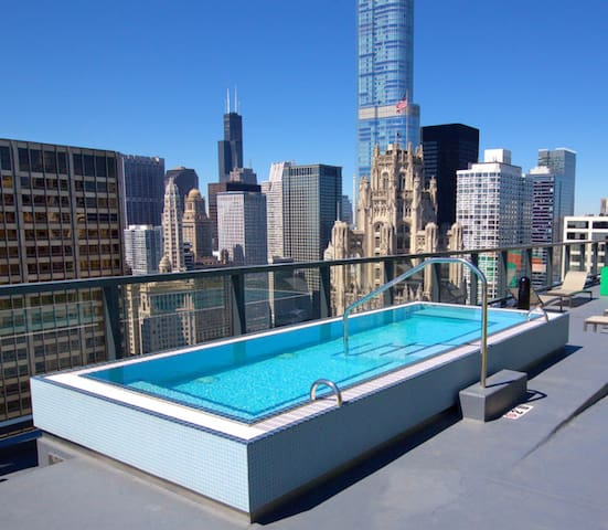 Spectacular getaway in gorgeous downtown Chicago