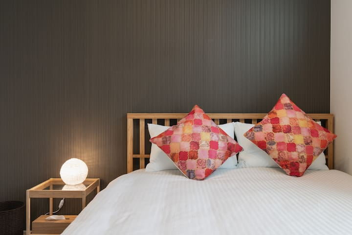 Bed Room B(2F)