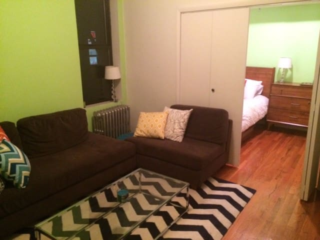 Clean & bright 1BR in Cobble Hill, GREAT location!
