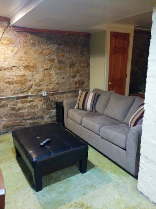 Garden Apartment Near Uw Milwaukee Apartments For Rent In Milwaukee Wisconsin United States