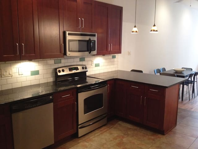 Old City Gem- Sleeps 11! - Philadelphia - Apartmen