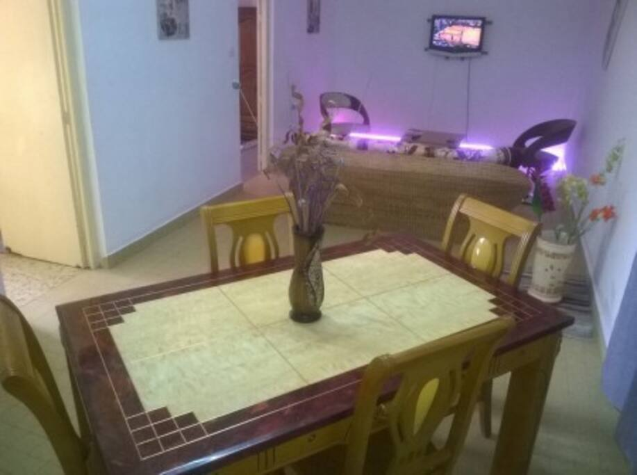 Studio meubl apartments for rent in yaounde centre for Meuble tv yaounde