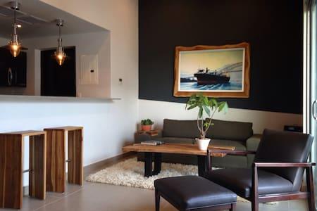 Panama City Canal Zone apartment - Byt