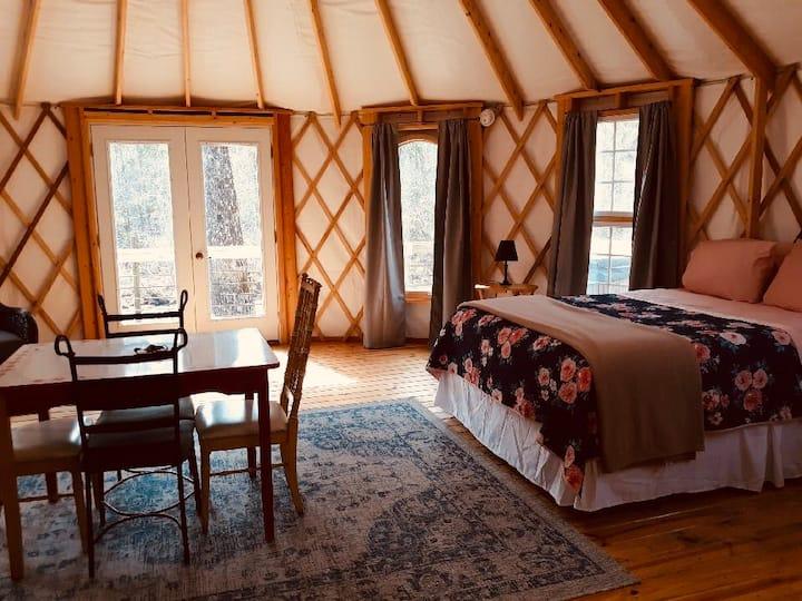 Yurt on the river - Yurt #4